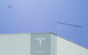 Megasite makes appeal to Tesla with flyover banner